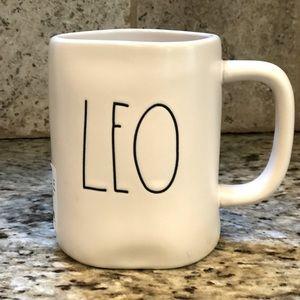 💥2/$30💥 Rae Dunn LEO horoscope ceramic mug
